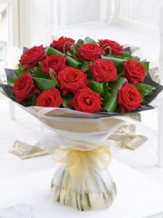 Luxury Long Stemmed Roses Hand-Tied
